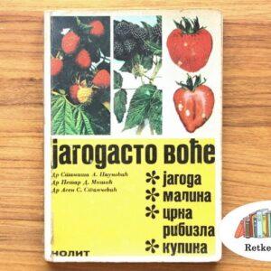 knjiga na prodaju o jagodama